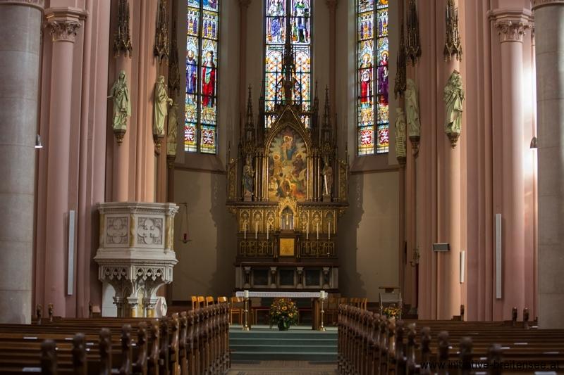 Innenraum (Foto: Fröschl)